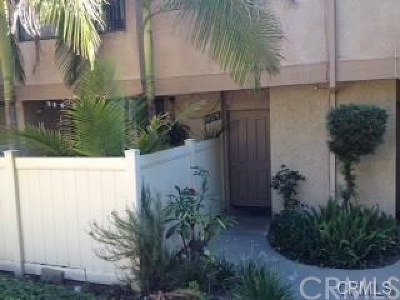 West Covina Condo/Townhouse For Sale: 19278 La Puente