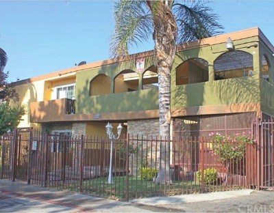 North Hills Multi Family Home For Sale: 9009 Langdon Avenue