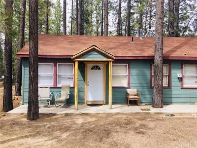 Blue Jay, Cedarpines Park, Crestline, Lake Arrowhead, Running Springs Area, Twin Peaks, Big Bear, Rimforest, Cedar Glen, Arrowbear Rental For Rent: 652 Jeffries Road #B