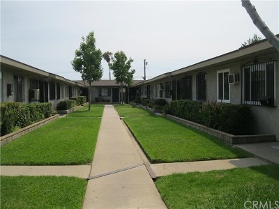 La Puente Condo/Townhouse Active Under Contract: 14428 Amar Road #A