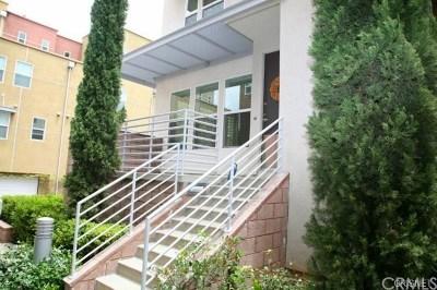 Santa Ana Condo/Townhouse For Sale: 442 E Jeanette Lane