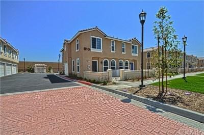 Chino Hills Condo/Townhouse For Sale: 15447 Pomona Rincon Road #846