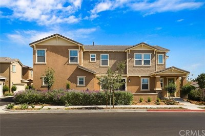 Eastvale Condo/Townhouse For Sale: 5968 Silveira Street