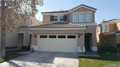 Corona Single Family Home For Sale: 978 Cimarron Lane