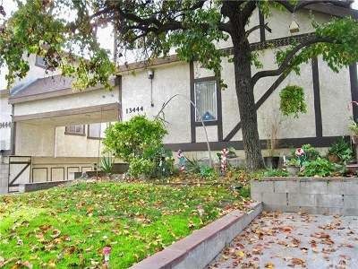 Baldwin Park Condo/Townhouse For Sale: 13444 Tracy Street #H