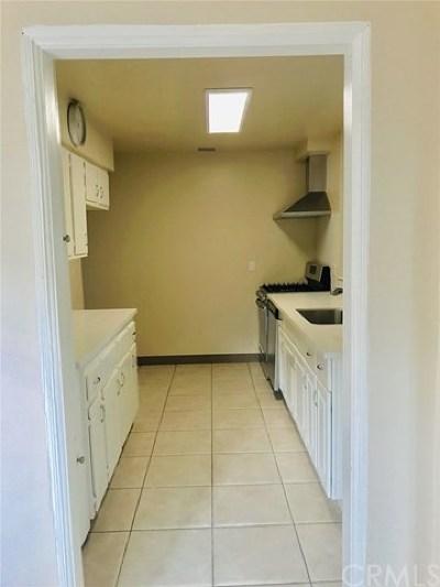 Huntington Beach Single Family Home For Sale: 1215 Olive Avenue