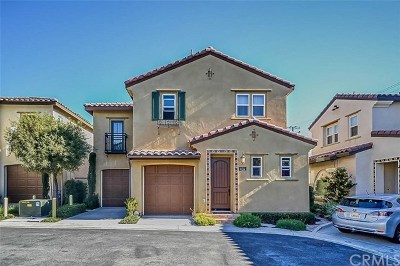 Walnut Condo/Townhouse For Sale: 656 Calle Valle