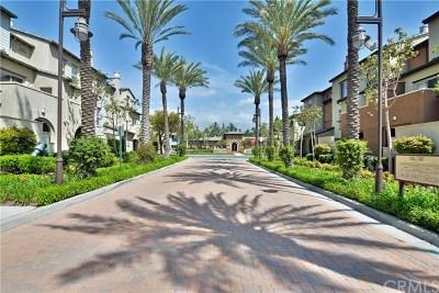 Rancho Cucamonga Condo/Townhouse For Sale: 12371 Claredon Drive #2