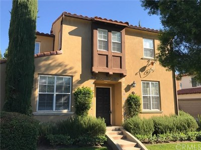 Irvine Condo/Townhouse For Sale: 39 Modesto #115