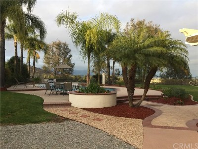Phillips Ranch Single Family Home For Sale: 17 Pala Mesa Drive