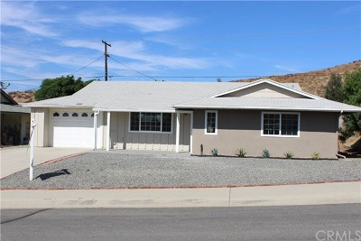 Riverside County Single Family Home Active Under Contract: 27334 Wentworth Drive