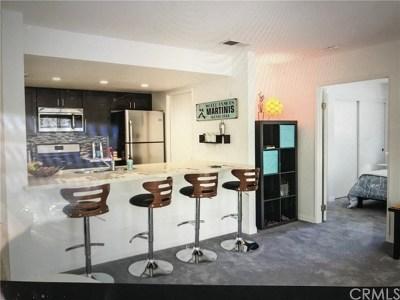 Palm Springs Condo/Townhouse For Sale: 353 E Via Escuela #226