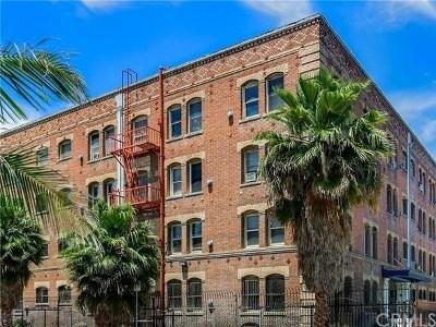 Los Angeles Condo/Townhouse For Sale: 4125 Figueroa #415