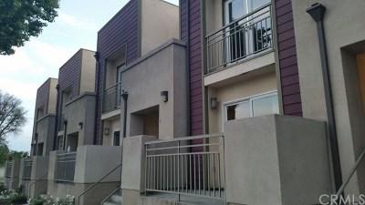 Compton Condo/Townhouse For Sale: 501 S Alameda Street #B