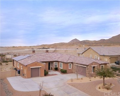 Apple Valley Single Family Home For Sale: 19520 Chuparosa Road