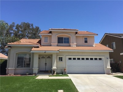 Corona Single Family Home For Sale: 281 Suffolk