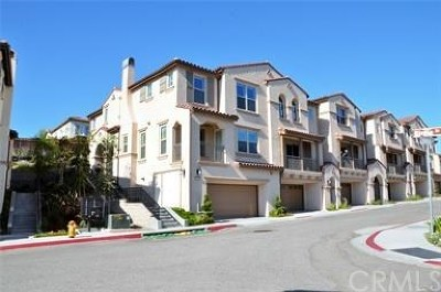 Yorba Linda Condo/Townhouse For Sale: 18669 Championship Drive
