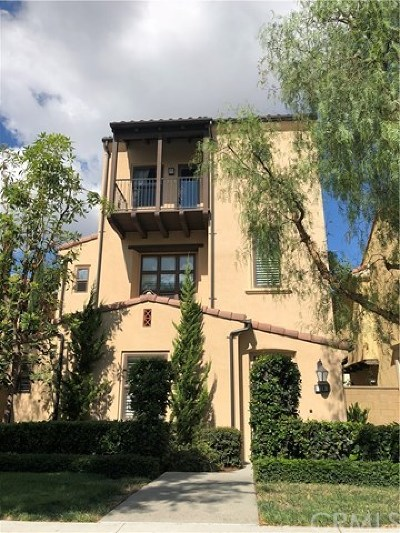 Irvine Condo/Townhouse For Sale: 129 Painted Trellis
