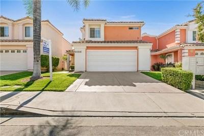 Stevenson Ranch Single Family Home Active Under Contract: 25726 Emerson Lane #21