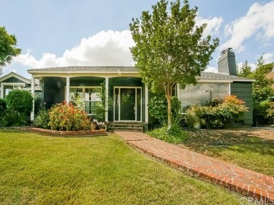 Highland Single Family Home For Sale: 400 Wheeling Way