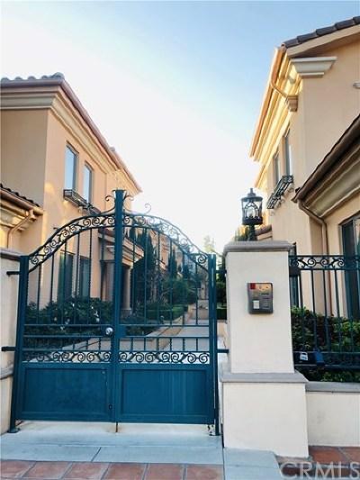 Pasadena Condo/Townhouse For Sale: 51 S San Gabriel Boulevard #3
