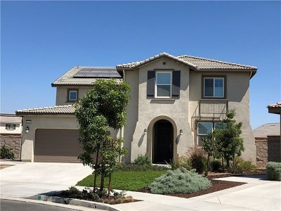 Eastvale Single Family Home For Sale: 6936 Jetty Court