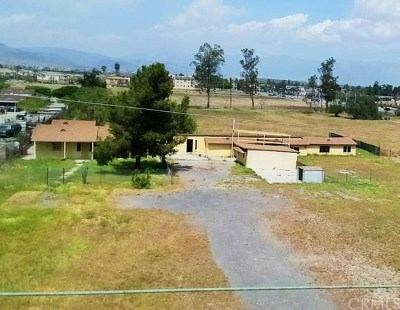 Fontana Single Family Home For Sale: 16830 San Jacinto Avenue