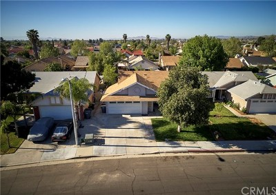 Perris Single Family Home For Sale: 237 Sunny Halo Court