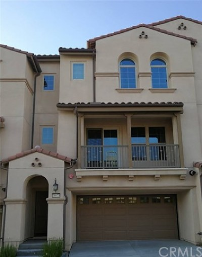 Yorba Linda Condo/Townhouse For Sale: 18675 Championship Drive
