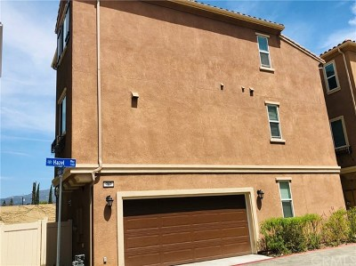 Pomona Condo/Townhouse For Sale: 787 Hazel Wy