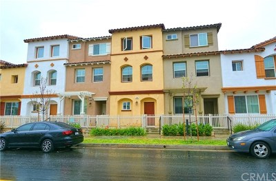 Azusa Condo/Townhouse For Sale: 325 N Fenimore Avenue