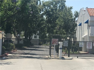Baldwin Park Condo/Townhouse For Sale: 425 Park Shadow Court