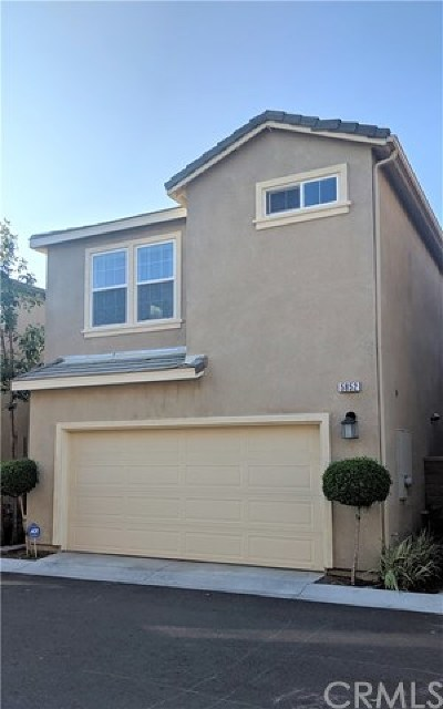 Eastvale Condo/Townhouse For Sale: 5852 Ginger Drive