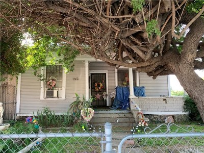 Pomona Single Family Home For Sale: 1682 N Park Avenue