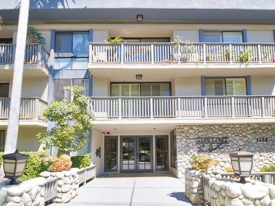 West Hollywood Condo/Townhouse For Sale: 1134 Alta Loma Road #207