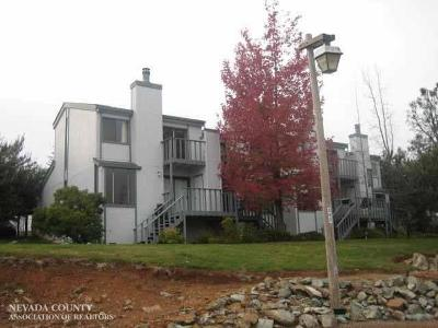 Condo/Townhouse For Sale: 139 Rockwood Drive