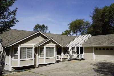 Single Family Home For Sale: 18161 Deer Run