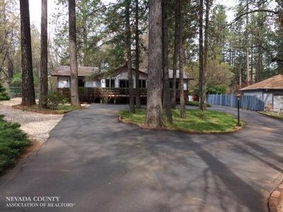 Nevada County Single Family Home For Sale: 16960 Charles Way