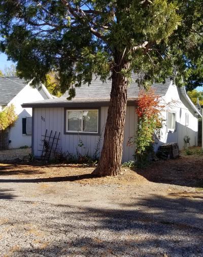 Grass Valley Single Family Home For Sale: 111 Stennett Street
