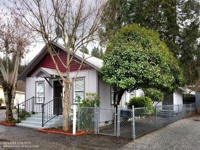 Grass Valley Single Family Home Active Short Sale: 106 E Colfax Avenue