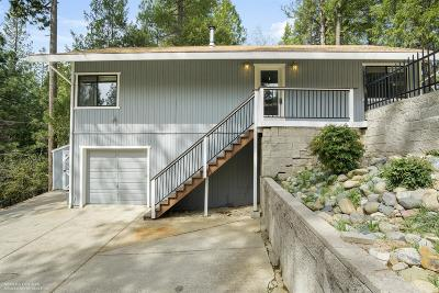 Nevada City Single Family Home For Sale: 16276 Banner Quaker Hill Road