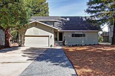 Single Family Home For Sale: 18566 Lake Forest Drive