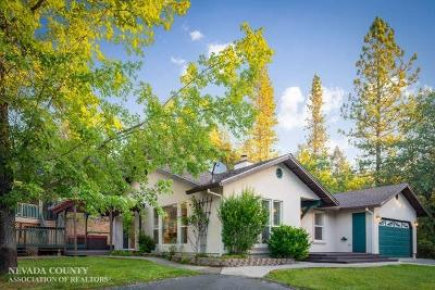Grass Valley Single Family Home For Sale: 15553 Pine Knoll Court
