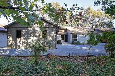 Single Family Home For Sale: 24067 Oakmont Way