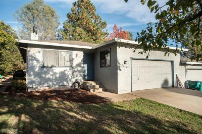 Auburn Single Family Home For Sale: 23273 Lone Pine Drive