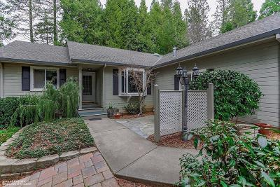 Nevada County Single Family Home For Sale: 12523 Oak Circle