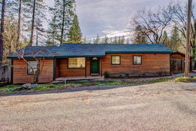 Nevada City Single Family Home For Sale: 16881 Old Downieville Highway