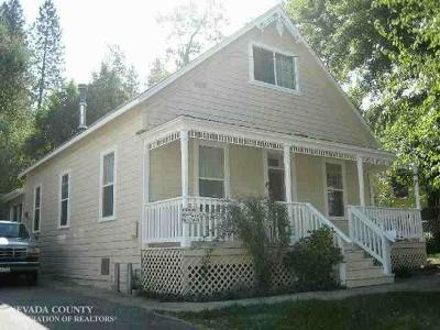 Grass Valley Single Family Home For Sale: 435 S Auburn Street