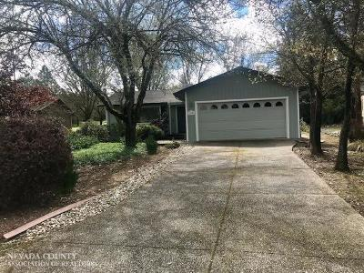 Nevada City Single Family Home For Sale: 10991 Woodchuck Court