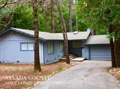 Nevada City Single Family Home For Sale: 15396 Cascade Loop